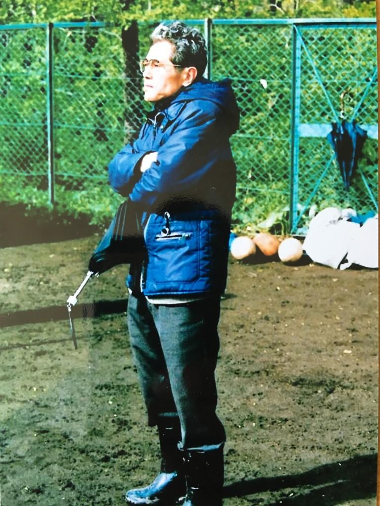 私が現役当時、北大グランドでの佐藤先生。