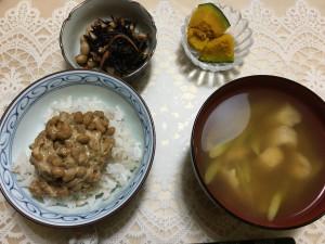 昨日の晩御飯。カボチャが美味かった。